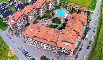 2, 3 или 5 нощувки, закуски, вечери, външен и вътрешен басейн + СПА зона в Мурите Клуб Хотел, край Банско