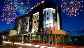 Нова Година в Diplomat Plaza Hotel & Resort****, Луковит! 2 нощувки на човек + закуски и вечери, едната Празнична + басейн и СПА