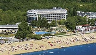 Нова Година на морския бряг, 3 дни All Inclusive с вътршен басейн от хотел Калиакра Палас, Зл. пясъци