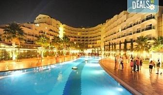 Нова година 2019 в Sealight Resort Hotel 5*, Кушадасъ, Турция! 3 или 4 нощувки на база 24ч Ultra All Inclusive, възможност за транспорт