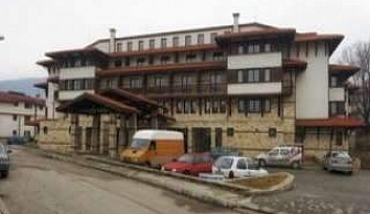 Новогодишен купон в Банско, 5 дни полупансион с Новогодишна вечеря и басейн от хотел Тринити
