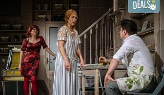 """На 11-ти октомври (петък) гледайте Асен Блатечки в комедията """"Зимата на нашето недоволство"""" в Малък градски театър """"Зад канала""""!"""