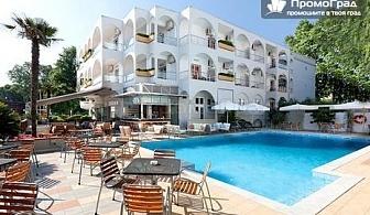 Олимпийска ривиера, Kronos Hotel Platamoans 3* (10.07-26.08) - нощувка (минимум 5) и закуска за 2-ма