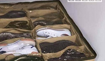 Органайзър за обувки под леглото