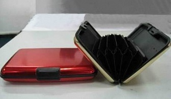 Органайзер за документи Aluma Wallet само за 2.69 лв. от онлайн магазин Grabko.bg