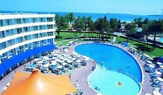 На първа линия на плажа в Хотел РИУ Хелиос 4*. За една нощувка на база Ол Инклузив, външен басейн и забавна анимация за деца и възрастни / 01.05.2017 - 21.05.2017