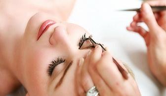 Пленяващ поглед! Поставяне на мигли косъм по косъм в Студио за красота Мелима, кв.Гео Милев!