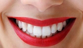 Почистване на зъбен камък с ултразвук, полиране с AirFlow и преглед само за 17.70 лв. от стоматологичен кабинет д-р Минкова на ТОП локация - Руски паметник