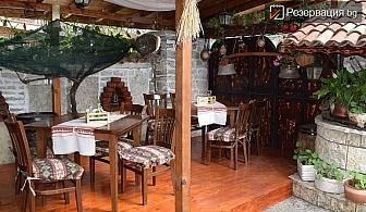 Почивка за двама на море. Нощувка за двама със закуска и вечеря в Каварна - цена 29.36лв. на човек