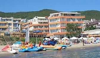 Почивка на плажа в Свети Влас, хотел Ирис, AI, до 10/06 или след 13/09