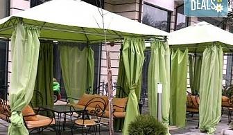 Почивка в Сандански в Семеен хотел Сантана! 1 нощувка в помещение по избор - единична, двойна  стая, студио или апартамент