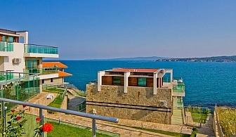 На почивка в Созопол с гледка към морето. Нощувка за двама с две деца в апартамент + басейн в Комплекс Панорама Бей, м-ст Буджака