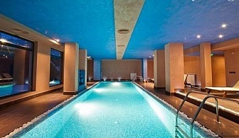 Почивка с топъл МИНЕРАЛЕН басейн до Банско. Нощувка със закуска и вечеря + релакс център в Корнелия Голф Ски & Спа