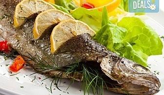 Полезните Омега-3! ДВЕ порции пъстърва - пържена или печена с гарнитура пържени картофки и зеле в р-т Balito