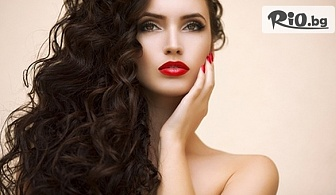 Политане на коса с полировчик, Ботокс терапия или Масажно измиване, подстригване, нанасяне на възстановяваща маска и оформяне, от Салон за красота Magic Style