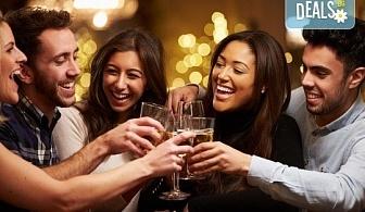 Посрещнете Нова година 2020 в хотел Grand Blue Fafa Resort 5*, Албания, с АБВ Травелс! 3 нощувки, 3 закуски и 2 вечери, транспорт и програма в Дуръс, Скопие и Охрид!