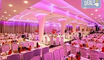 Посрещнете Нова година 2020 в Лесковац! 2 нощувки, 2 закуски и 1 вечеря в Hotel Bavka 3*, празнична Новогодишна вечеря и транспoрт!