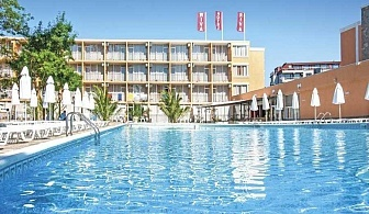 Предлагаме Ви почивка в Слънчев бряг - хотел Рива Парк за една нощувка, Ол Инклузив, басейн за възрастни с джакузи и обезопасена детска секция към него, както и Соленоводен басейн с джакузи / 09.05.2019 - 05.06.2019