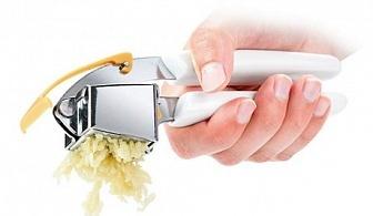 Преса за чесън със шпатула Tescoma от серия Presto