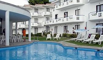 През м. Май на Халкидики: 3 или 5 нощувки на база All Inclusive в хотел Dolphin Beach*** за 129 лв