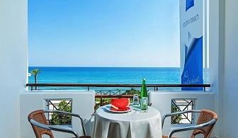 През СЕПТЕМВРИ с 30 % отстъпка на закуска и вечеря в хотел Dolphin Beach - Касандра, Халкидики, за ЕДНА нощувка на човек, басейн и интернет/ 09.09.2019 - 20.09.2019