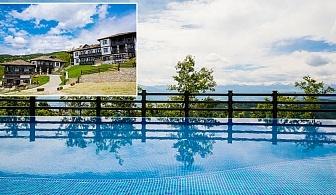 През Юни в Родопите. Нощувка, закуска и вечеря + външен панорамен басейн в Хотел Лещен.