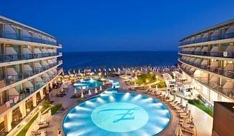 приказна почивка на брега на морето - хотел Зорница Сендс****! Нощувка със закуска, обяд и вечеря + чадър и шезлонг на плажа и басейна + детска анимация!!!