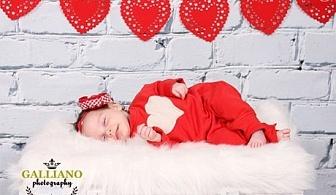 Професионална Коледна фотосесия за бебета от Galliano photography