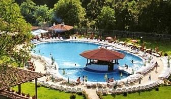 Прохладно лято в Еленския Балкан! Нощувка със закуска и вечеря + басейн в комплекс ханче Боаза