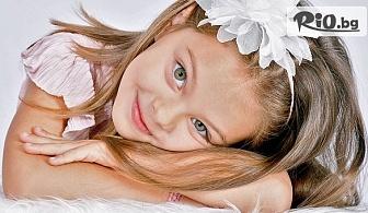 Пролетна детска или семейна фотосесия в студио с декори, аксесоари, 10 или 20 обработени кадъра + всички заснети, от Mimi Nikolova Photography