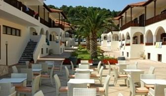 Ранни резервации за почивка на Халкидики 2017: 5 или 7 нощувки на база закуска и вечеря или All Inclusive в хотел Possidi Paradise 4* за цени от 430 лв ЗА ДВАМА