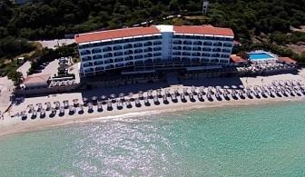 Ранни резервации за почивка през 2017 на Халкидики, Касандра: 3, 5 или 7 нощувки на база закуска и вечеря в хотел Ammon Zeus 4* за цени от 444 лв ЗА ДВАМА