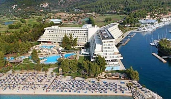 Ранни записвания Гърция, 5 дни за двама със закуска в Porto Carras Meliton Hotel