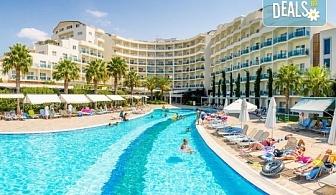 Ранни записвания за лятна почивка в Sealight Resort Hotel 5*, Кушадасъ, Турция! 7 нощувки на база 24ч. Ultra All Inclusive, възможност за транспорт