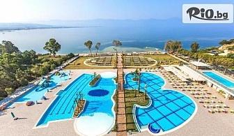 Ранни записвания за лято в Кушадась! 7 нощувки на база Ultra All Inclusive в Хотел Amara Sealight Elite + собствена зона на плажа, басейн и СПА, от Мисис Травъл
