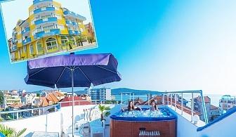 Ранни записвания за лято 2020 в Приморско, на 50м. от плажа! Нощувка на човек със закуска + джакузи в семеен хотел Темида