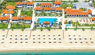 Ранни записвания за море край Неос Мармарас, Гърция! 3 нощувки на човек на база All inclusive + басейн, чадър и шезлонг на плажа от Бомо Клуб Аса Марис