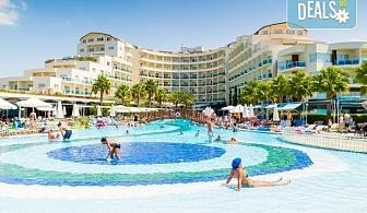 Ранни записвания за почивка през юни в Sea Light Hotel 5* в Кушадасъ - 7 нощувки на база All Inclusive, възможност за транспорт