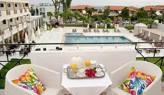 Ранно лято в Гърция - нощувка, закуска, вечеря - само на 80 м от плажа в хотел Hanioti Melathron - 28.04 - 31.05
