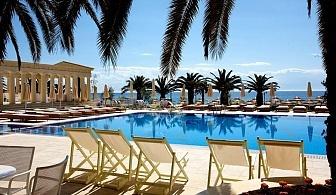 Ранно лято в Халкидики - Хотел Potidea Palace 4* за ЕДНА нощувка на човек с с Ултра Ол Инклузив, безплатни чадъри и шезлонги на плажа, открит басейн и забавна анимация за деца и възрастни / 29 Април до 10 Май 2018 г