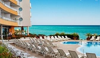 14 - 24 Септември на брега на морето в Несебър! Нощувка със закуска за двама + басейн в хотел Афродита***