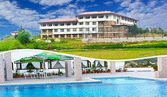 Септември: Нощувка със закуска, обяд и вечеря + басейн само за 29.50 лв. в хотел Виктория, Брацигово