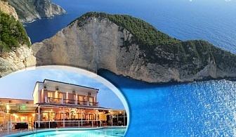 Септември на остров Корфу, Гърция! Нощувка със закуска за двама  + басейн в хотел Maltezos, Гувия
