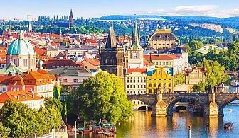 Шестдневна автобусна екскурзия до Будапеща и Златна Прага. Транспорт от София + 3 нощувки със закуски от Караджъ Турс