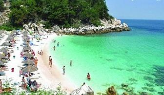 Слънчев уикенд в перлата на Егейско море – Кавала! На плаж в Амолофи и Неа Ираклица