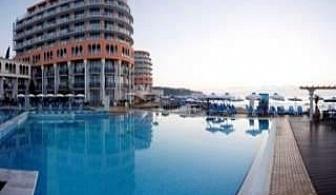 СПА Нова Година в хотел Азалия, 3 дни Ultra All Inclusive на първа линия в Св.Константин