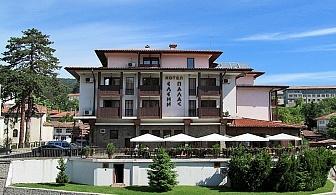 SPA почивка в Еленския балкан! Нощувка, закуска и вечеря + басейн, сауна и парна баня в Елени Палас, Елена!