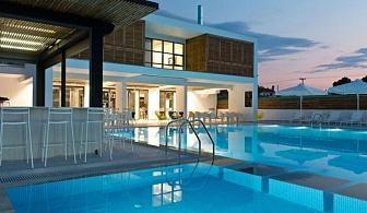 Специална цена за МАЙ в The Oak Hotel - Керамоти, Гърция за ТРИ нощувки със закуска, открит басейн, безплатен интернет и паркинг / 01.05.2019 - 30.05.2019