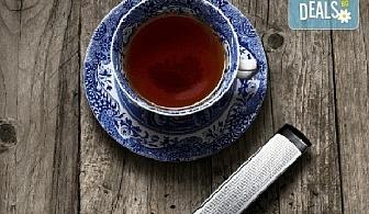 Стилен подарък за Вас или близък човек! Цедка-лъжичка за насипен чай от Drosselmeyer!
