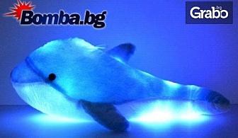 Светещ плюшен делфин с LED светлини